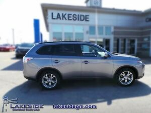 2015 Mitsubishi Outlander ES   - one owner - local - trade-in -