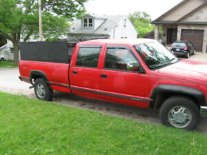 1993 Chev Cheyenne 3500 1 Ton Truck with 8Ft Box Liner