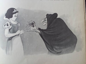 1937 Snow White And The Seven Dwarfs With Color Drawings Kitchener / Waterloo Kitchener Area image 10
