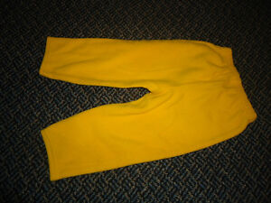 Size 18 Months Wonderful World of Disney Winnie The Pooh Outfit Kingston Kingston Area image 6