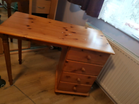 Desk - pine with 4 drawers