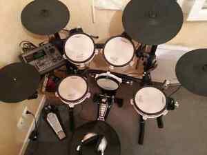 Drum batterie td8 kvs tout inclut roland