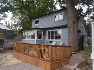 Cottage for Rent 3 Queen 1st. Grand bend