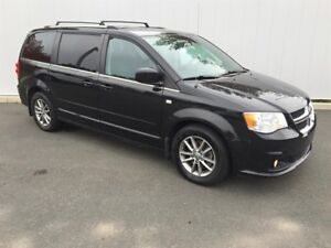 2014 Dodge Grand Caravan 30th Anniversary Crew