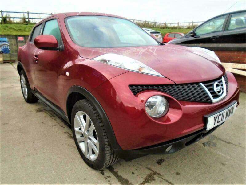 2011 (11) Nissan Juke 1.6 Acenta Premium. Sat Nav. 5 Door in Red. 66,700 Miles.
