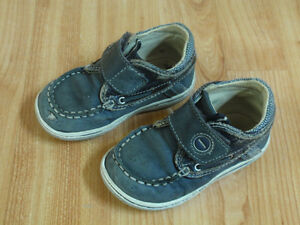 Geox shoes, size 21, 15-24m/Chaussures Geox, grandeur 21, 15-24m West Island Greater Montréal image 1