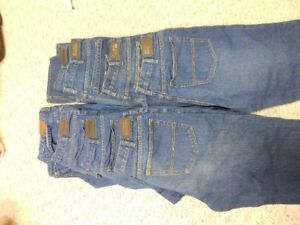NEW KIRKLAND BLUE JEANS