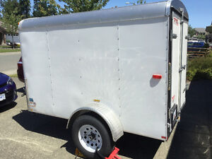 5x8 ft covered trailer