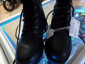 NEW size 7 boots in box-  recycledgear.ca Kawartha Lakes Peterborough Area image 7