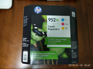 HP 952 XL ink cartridge brand new for sale