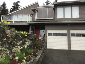 Beautiful Victoria - Fully Furnished House close to downtown
