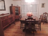 Antique Wood Dining Room set including captain's chair in N.S.