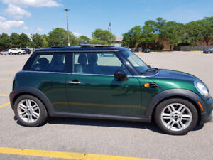 2012 MINI Cooper Comfort package: Like New!Must see!LOWER PRICE!