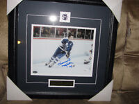 Dave Keon Maple leafs autographed and framed 8x10 JSA