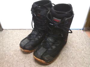 Size 12 Lamar Snowboard boots.