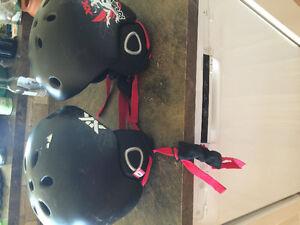 Kids' ski/snowboard helmets