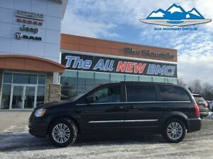 2016 Chrysler Town  Country Touring-L  ACCIDENT FREE, LEATHER HE