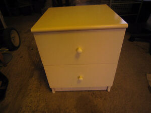 White night stand with drawer. in decent condition. Kingston Kingston Area image 1