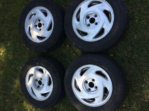 4 P185/70R14 All season tires