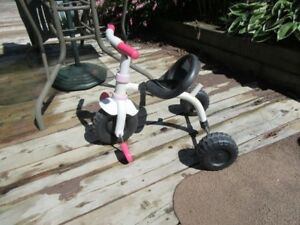 TRIKES AND TODDLER RIDE ONS - REDUCED!!!!
