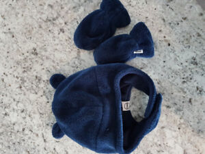 Kombi Baby Hat and Mitts