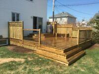Construction et design de patios pour maison, spa, piscine etc