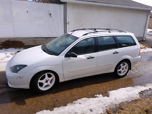 Nice Ford focus with very low mileage