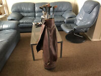 Right Handers Golf Club Set In Leather Bag