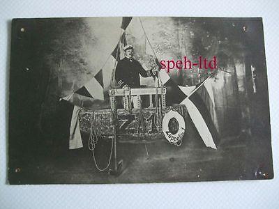 Original Foto-AK / Zeppelin 1, Luftschiff Kapitän in Gondel vom Z1