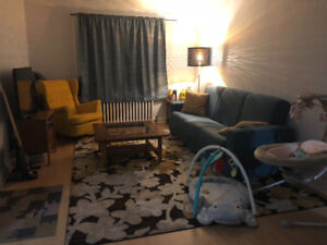 APARTMENT FOR RENT- OCT 1st