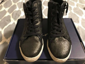 Splendid High Top Lace up Runners