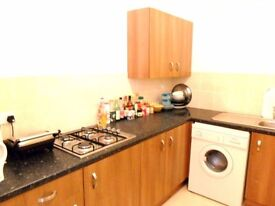 2 rooms for rent in Hillhead Flat