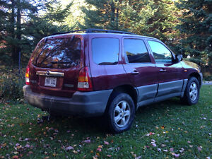 2004 Mazda Tribute DX VUS ( Escape )