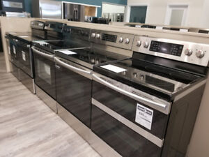 BLOW OUT SALE ELECTRIC & GAS FREE STANDING STOVES/RANG