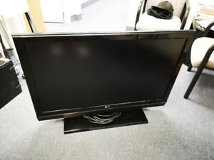 "LG 42"" TV television HDMI 42LC5DC-UA TV Monitor for video game"