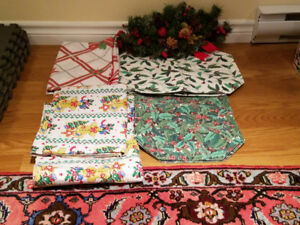 Christmas Table Clothes, Place-mats and Center piece