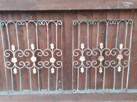 Decorative garden fence grill
