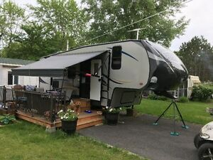 Roulotte Fifth Wheel 2014