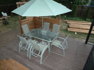 set patio complet - table et 6 chaises ++
