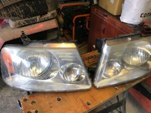 2005 Ford F150 Headlights
