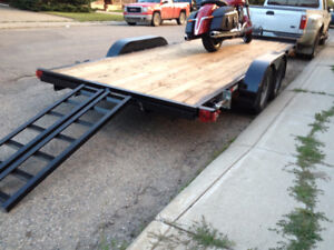 Trailer for Rent fladeck car hauler *Free Accesories*