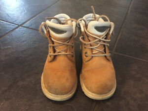 Boys size 7 Timberland boots