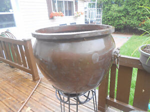 LARGE ANTIQUE COPPER PLANTER WITH BRASS HANDLES