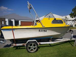 Boat fibaglass