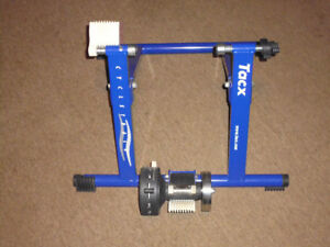 'Tacx' - Cycle trainer Model 1800