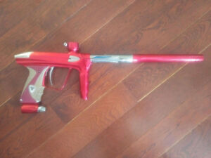Red And Silver Luxe 2.0 Paintball Gun