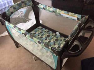 Graco Pack'n Play Playpen with Lounger and Changer $50