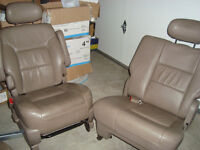 Toyota sienna chairs 3 chair 1999 $300