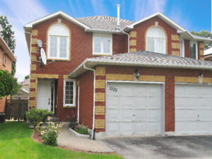 Executive 3 Bedroom Semi-Detached in Pickering