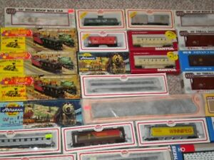 Model (HO Scale) Train Layout and Accessories